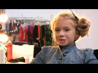 Mackenzie Foy / Маккензи Фой - GAP 2010 Behind The Scenes [2010]
